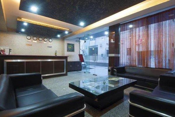 Airport Hotel Noratan Palace - фото 11