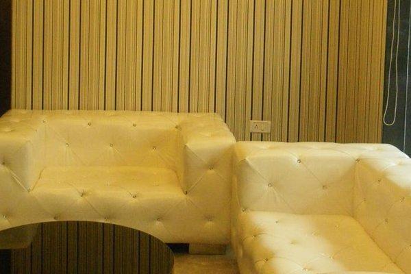 Hotel Cosmo - 15