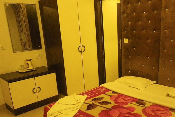 Hotel Cosmo - 9