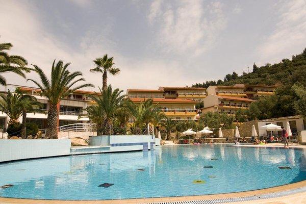 Lagomandra Beach Hotel - фото 20