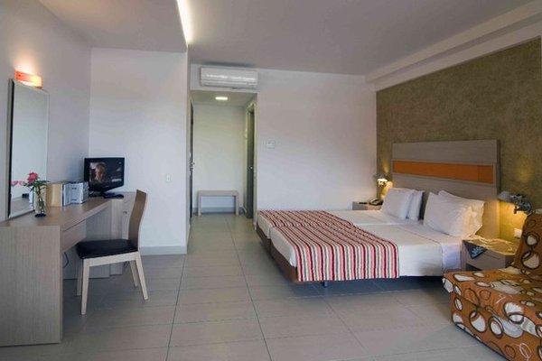 Lagomandra Beach Hotel - фото 3