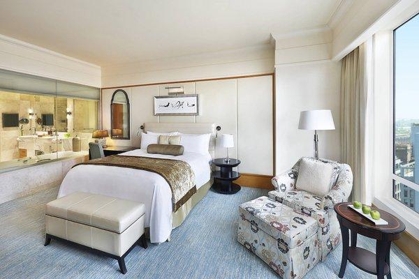 The Ritz-Carlton Executive Residences - 73