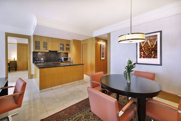 The Ritz-Carlton Executive Residences - 44