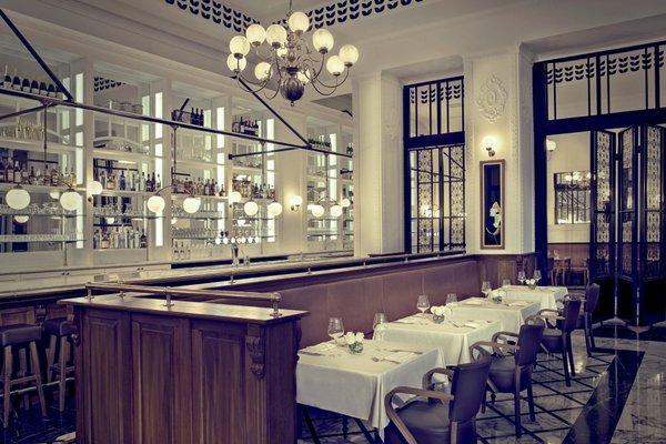 The Ritz-Carlton Executive Residences - 48