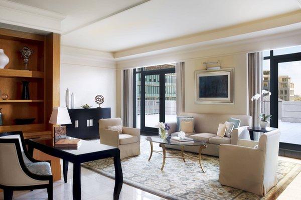 The Ritz-Carlton Executive Residences - 39