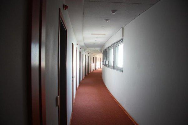 Каравелла отель - 13