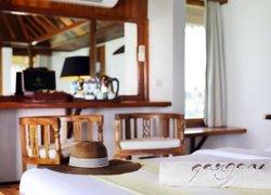 Gangehi Island Resort & Spa фото 3