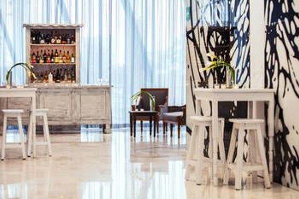 AC Hotel by Marriott Guadalajara, Mexico, A Marriott Lifestyle Hotel - фото 3