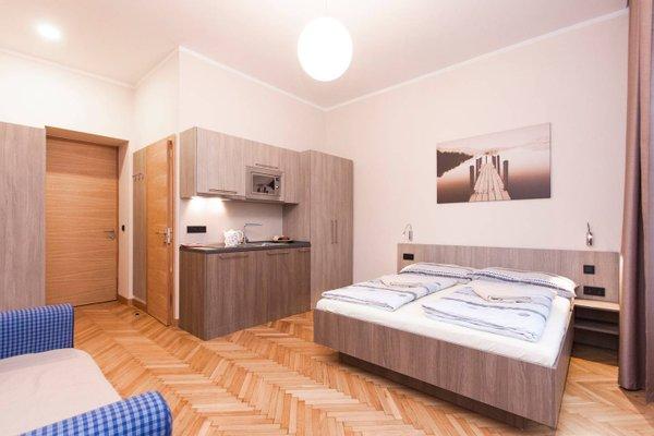 Manesova Astra Apartment - фото 25