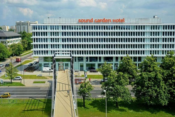 Sound Garden Hotel Airport - фото 50