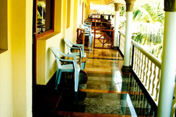 Hotel Sea Breeze - 12