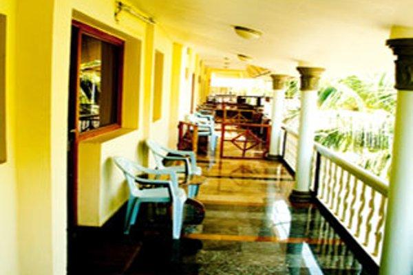 Hotel Sea Breeze - 13