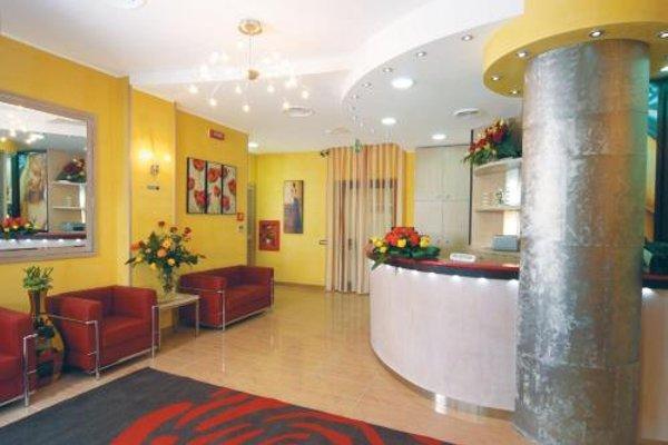 Hotel Cristal Eboli - 16