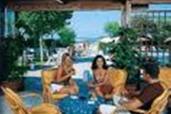 Hotel Alexandra - фото 9