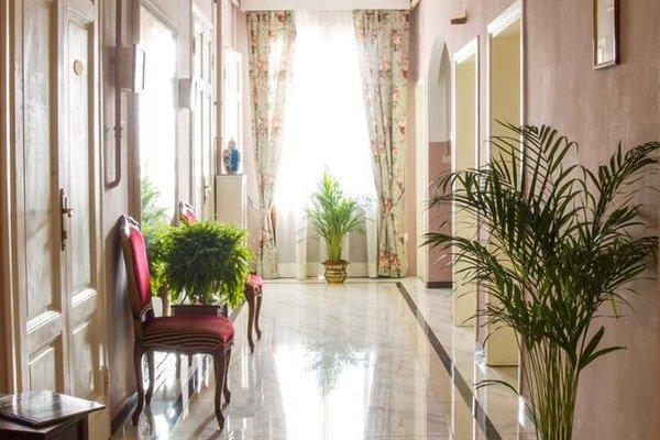 Hotel Joli - 17