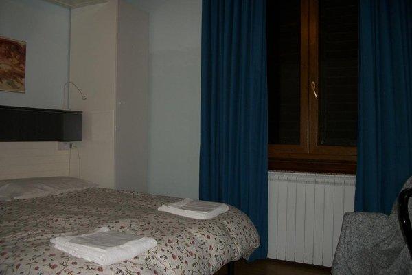 Hotel Joli - 4