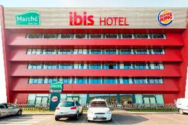 Ibis Vienna Airport - фото 10