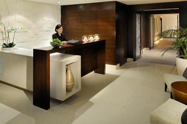 Asiana Hotel Dubai - 17