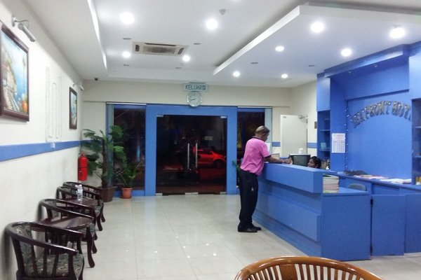 Sea Front Hotel Port Dickson - фото 13