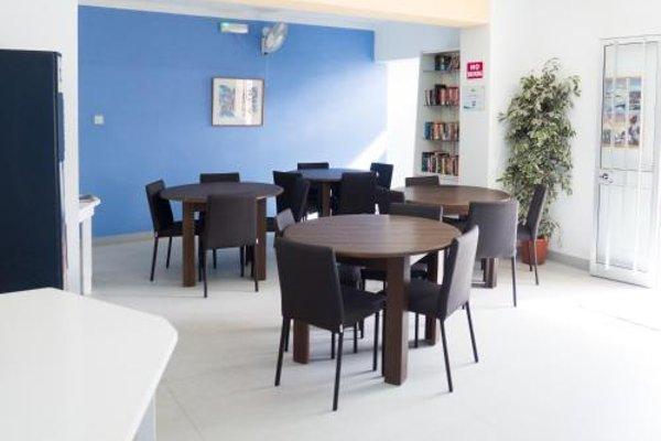 Mavina Hotel & Apartments - фото 11