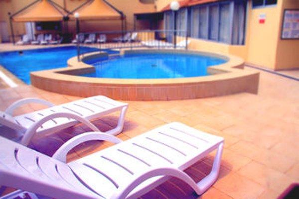 Mavina Hotel & Apartments - фото 19