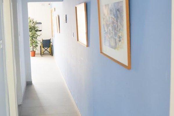 Mavina Hotel & Apartments - фото 5