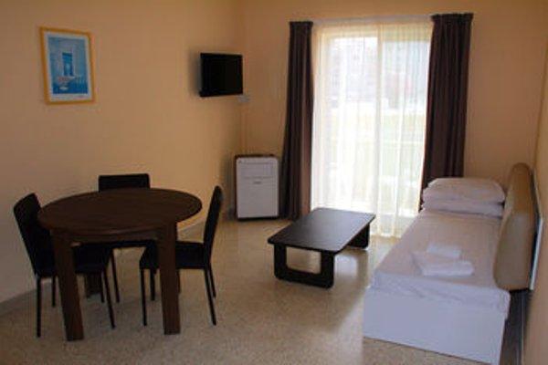 Mavina Hotel & Apartments - фото 6