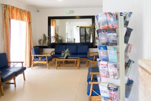 Mavina Hotel & Apartments - фото 7
