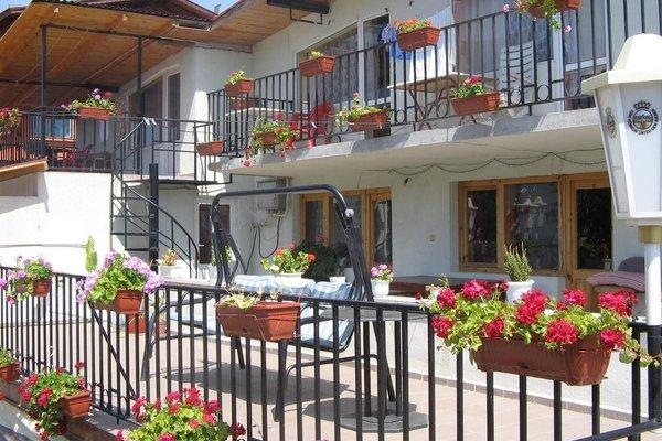 Varna Hotel - 11