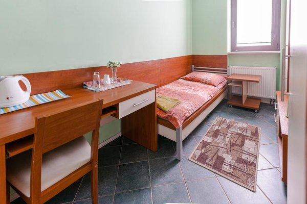 Adeo Hostel - фото 4