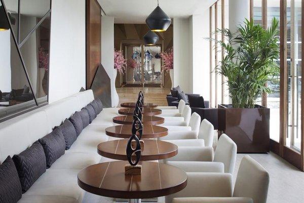 Jumeirah Creekside Hotel - 10