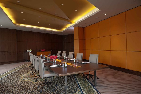 Jumeirah Creekside Hotel - фото 15