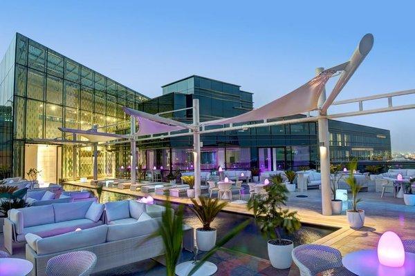 Jumeirah Creekside Hotel - 22