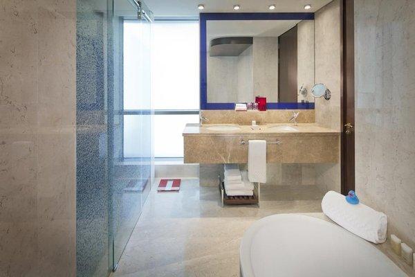 Jumeirah Creekside Hotel - 8