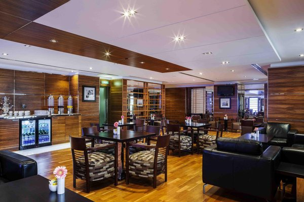 Hilton Dubai The Walk - фото 16