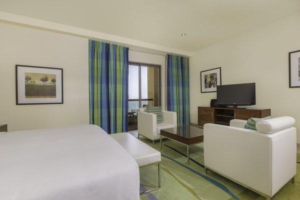 Hilton Dubai The Walk - фото 3