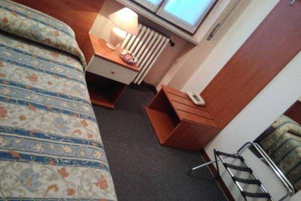 Hotel Elena - фото 3