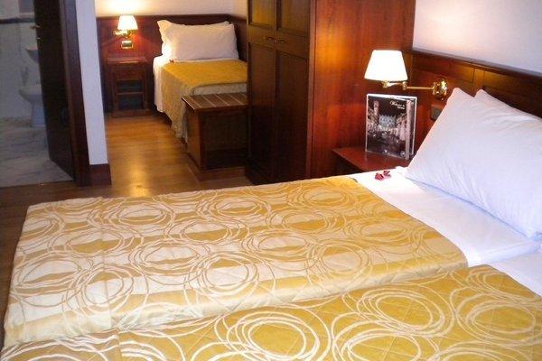Hotel Aurora - 3
