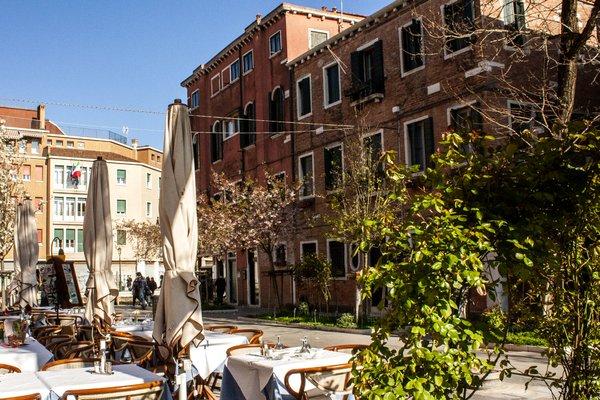 Этот очаровательный отель типа «постель и завтрак» - фото 8