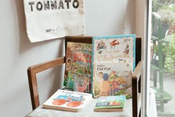 Tomato Backpackers Hotel - фото 19