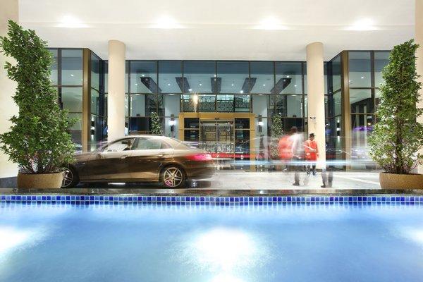 Metropolitan Hotel Dubai - фото 20