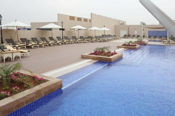 Metropolitan Hotel Dubai - фото 22