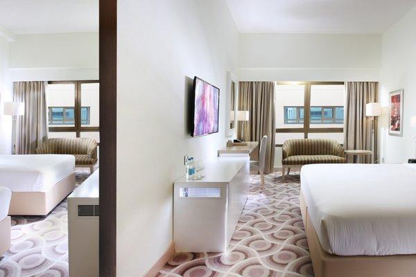 Metropolitan Hotel Dubai - фото 9