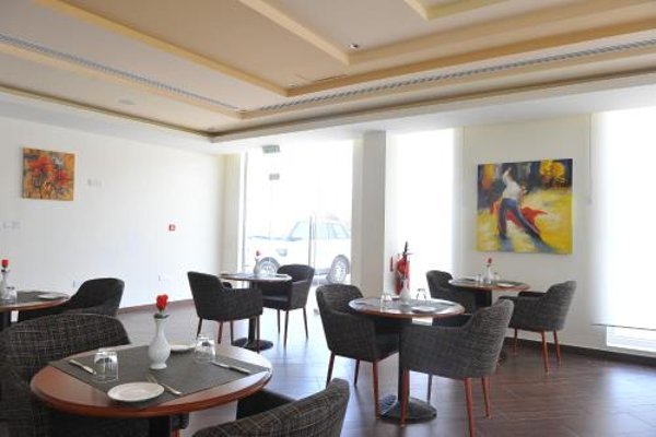 Muscat Dunes Hotel - фото 10
