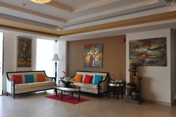 Muscat Dunes Hotel - фото 6