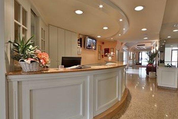 Hotel Europa - Skypool & Panorama - фото 13