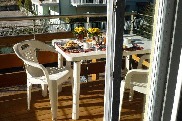 Residence Rivachiara (check-in at Hotel Riviera in Viale Rovereto, 95) - фото 10