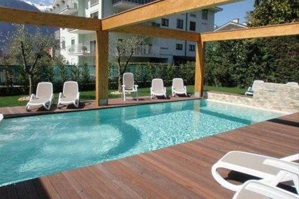 Residence Rivachiara (check-in at Hotel Riviera in Viale Rovereto, 95) - фото 17
