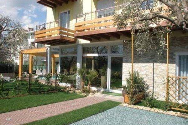 Residence Rivachiara (check-in at Hotel Riviera in Viale Rovereto, 95) - фото 23
