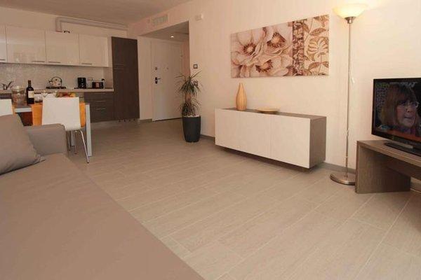 Residence Rivachiara (check-in at Hotel Riviera in Viale Rovereto, 95) - фото 3